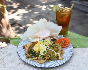 Gacoan Mie and Spicy mango Ice tea